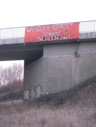 Banner dropped near the railway station